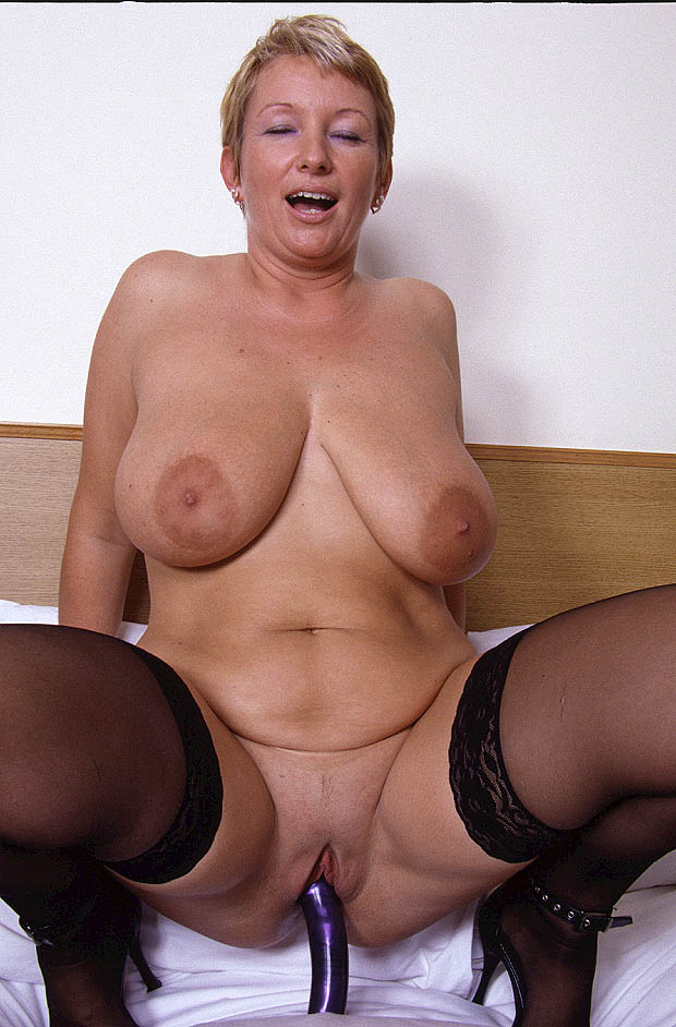 Milf With Saggy Tits Porn4days 1